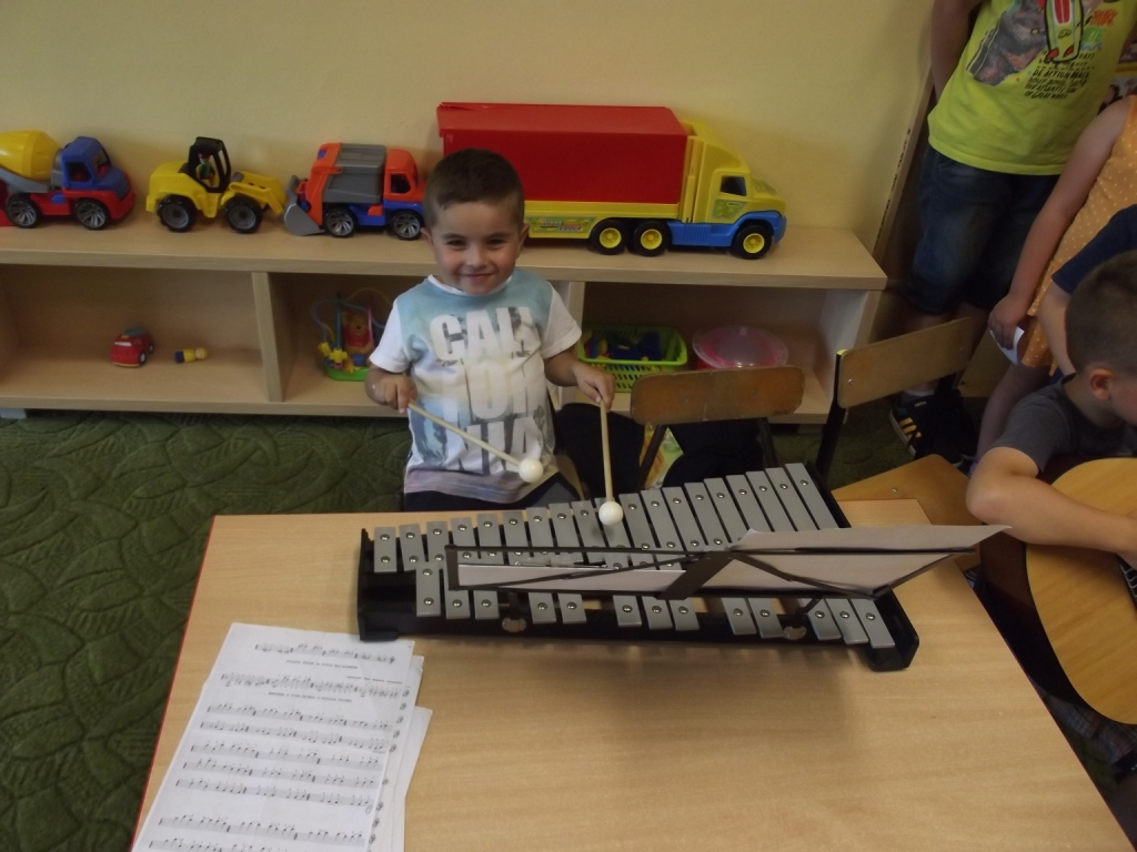 Poznajemy instrumenty muzyczne